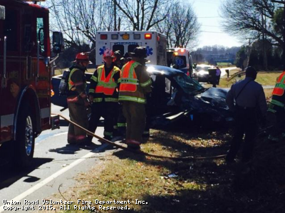 MVA with entrapment  on Robinson Rd.