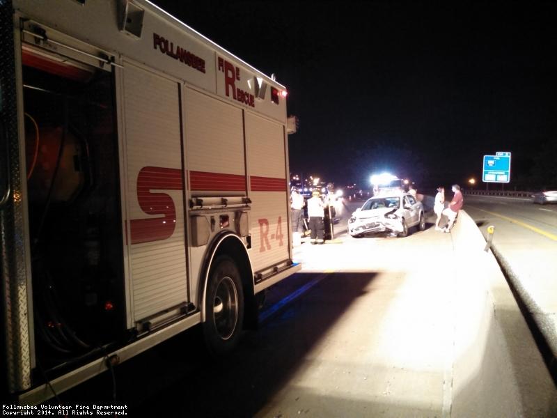 Single vehicle MVA 1 injury no entrapment