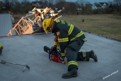 Drill night, Roof ventilation and fire fighter rescue training.