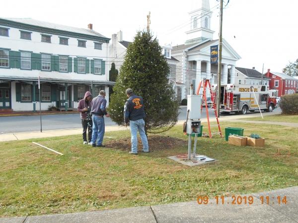 Keystone Puts Lights on Community Christmas Tree