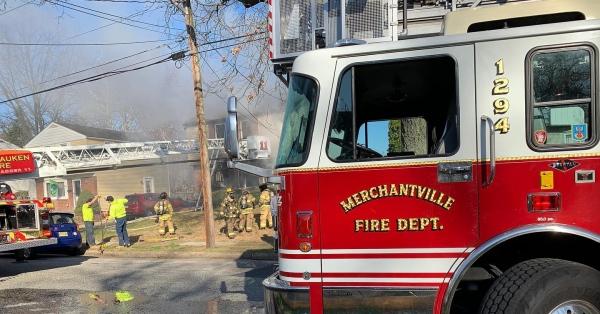 L129 responds to a working dwelling fire in Pennsauken