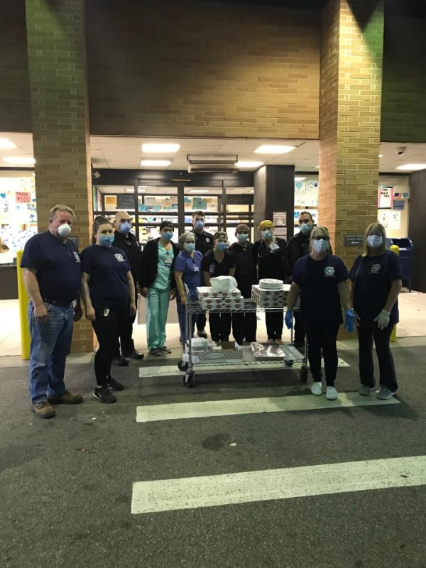 Ladies Auxiliary Delivers Meals